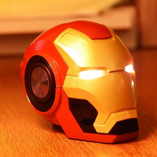 Iron Man Bluetooth Lautsprecher Neues kreatives Geschenk Wireless Smart Radio Bass Card Phone Kleiner Lautsprecher